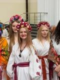 Jour international de broderie ukrainienne dans Chishinau, Moldau Photo stock