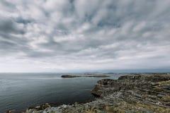 Jour nuageux de paysage de la Norvège Image libre de droits