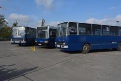 Journée 'portes ouvertes' de public sur le garage de 40 ans Cinkota 42 d'autobus Photos libres de droits