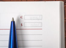 Journal intime avec un stylo Photos stock