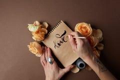 Journal intime ou carnet avec amour de mot Photo libre de droits