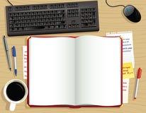 Journal intime rouge de bureau d'en haut Photos stock
