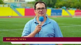 Journalist berichtet stock video footage