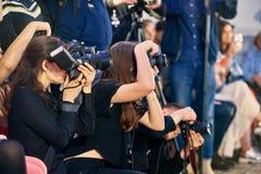 Journalistes dans le travail Images libres de droits