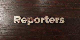 Journalistes - titre en bois sale sur l'érable - image courante gratuite de redevance rendue par 3D illustration stock