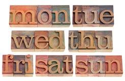 Jours de semaine dans le type d'impression typographique Photographie stock