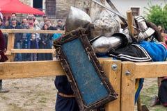 Jousting combatte il festival dell'avamposto medievale 2016 della cultura in Kamenetz-Podol'sk Fotografia Stock Libera da Diritti