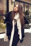 Jovem mulher à moda Imagem de Stock Royalty Free