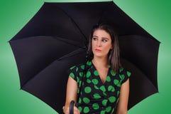 Jovem mulher à moda com guarda-chuva Imagens de Stock
