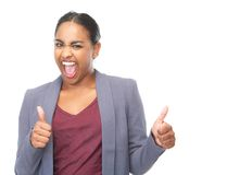 A jovem mulher bem sucedida com polegares levanta o gesto Fotos de Stock Royalty Free