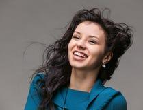 Jovem mulher bonita com vôo do cabelo Imagem de Stock Royalty Free