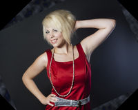 Jovem mulher bonita no vestido vermelho Fotos de Stock