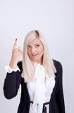 Jovem mulher bonita que esconde sua cara com mãos Imagens de Stock Royalty Free