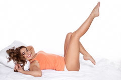 Jovem mulher bonita, sorrindo Imagens de Stock Royalty Free