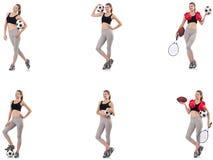 A jovem mulher com futebol, bola de rugby, luvas de encaixotamento e raquete de t?nis imagem de stock royalty free