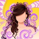 Jovem mulher com penteado elegante Fotografia de Stock