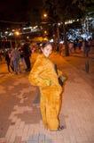 Jovem mulher com traje do monstro imagens de stock royalty free