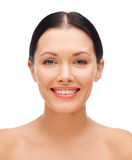 Jovem mulher de sorriso Imagens de Stock