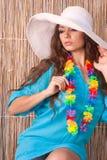Jovem mulher em um chapéu fotos de stock royalty free