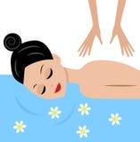 A jovem mulher faz massagens Fotografia de Stock