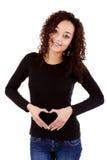 Jovem mulher grávida fotografia de stock royalty free