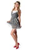 Jovem mulher Mini Dress curto Fotografia de Stock