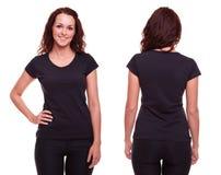 Jovem mulher na camisa preta fotos de stock