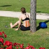 Jovem mulher no relaxamento Imagens de Stock