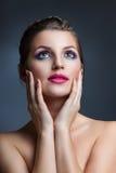 Jovens mulheres do retrato da beleza do close-up Foto de Stock