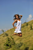 Jovens mulheres na pose bonito Fotos de Stock Royalty Free