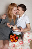Jovens, um par loving Fotos de Stock Royalty Free