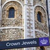 Joyas de la corona en Londres imágenes de archivo libres de regalías