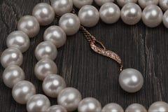 Joyería de las perlas imagen de archivo libre de regalías