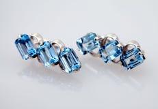 Joyería de plata con el topaz azul Foto de archivo libre de regalías