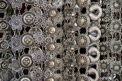 Joyería de plata en el mercado Imagen de archivo libre de regalías