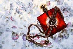 Joyería del perfume y del oro Imagen de archivo