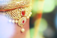 Joyería india del maquillaje de la boda para la novia Fotografía de archivo