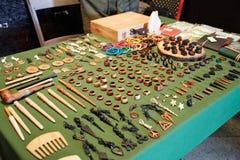 Joyería y accesorios hechos a mano Imagen de archivo libre de regalías