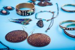 Joyería y accesorios indios femeninos Imagenes de archivo