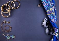 Joyería y accesorios indios femeninos Foto de archivo libre de regalías