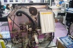 Joyería y jade que procesan ventas de la exposición de la maquinaria Imagenes de archivo