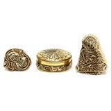 joyero del oro y figuras de madera Fotografía de archivo libre de regalías