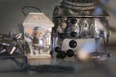 Joyero y plata santa Fotos de archivo libres de regalías