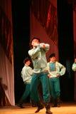 Joyeuses danses folkloriques russes de fête chorégraphie dans le style des vacances folkloriques Maslenitsa Photos stock