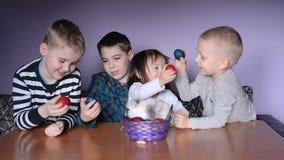 Joyeuses Pâques clips vidéos