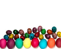 Joyeuses Pâques ! Le fond des oeufs de pâques colorés Images stock