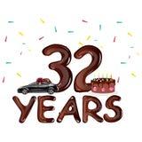 Joyeux anniversaire 32 ans avec le gâteau Image stock
