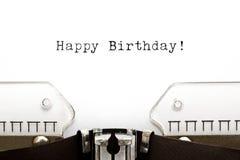 Joyeux anniversaire de machine à écrire images stock