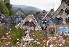 Joyeux cimetière de sapanta, Maramures, Roumanie photographie stock libre de droits