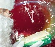Joyeux Noël avec le conte de fées de lecture de Santa Claus Image stock